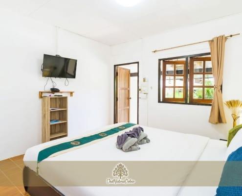 visit_natural_detox_thai_style_bungalow